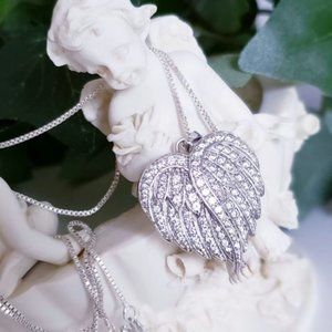 Jewelry - Guardian Angel Wing Necklace
